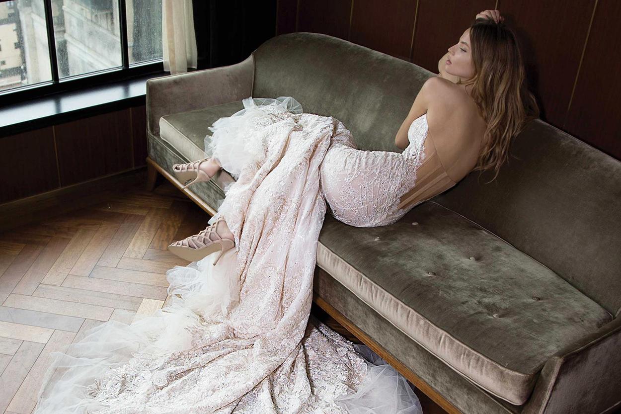 Ποια λάθη να αποφύγετε όταν επιλέγετε γυναικεία πέδιλα για γάμο 92de2569069